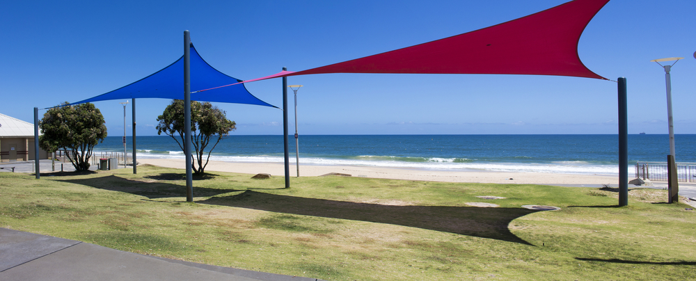 shade sails gold caost